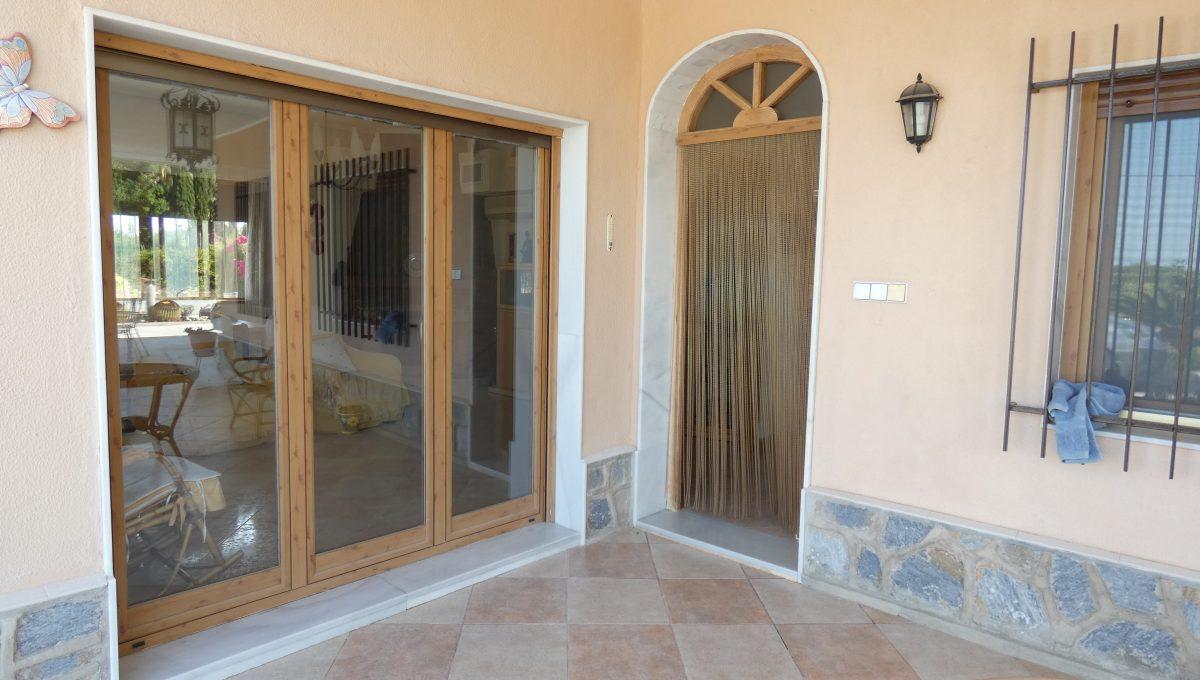 puerta principal 2