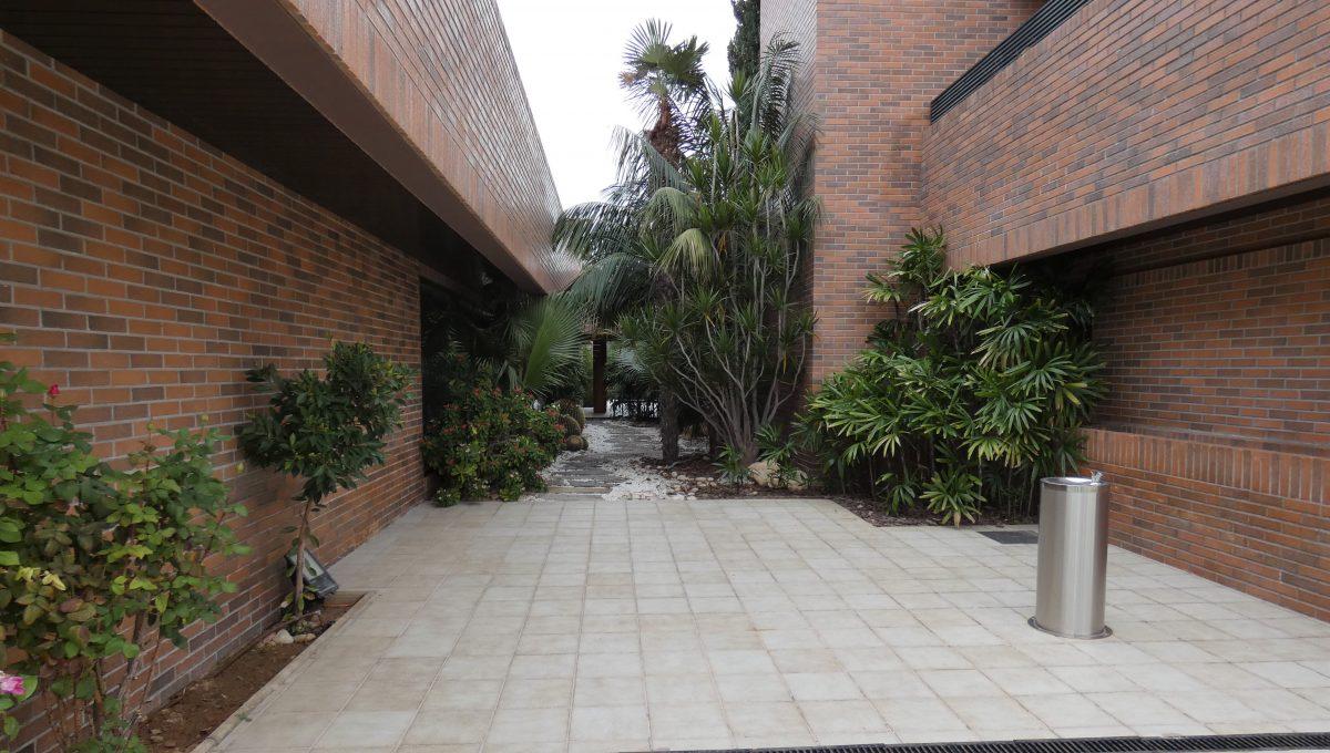 pasillo exterior 2