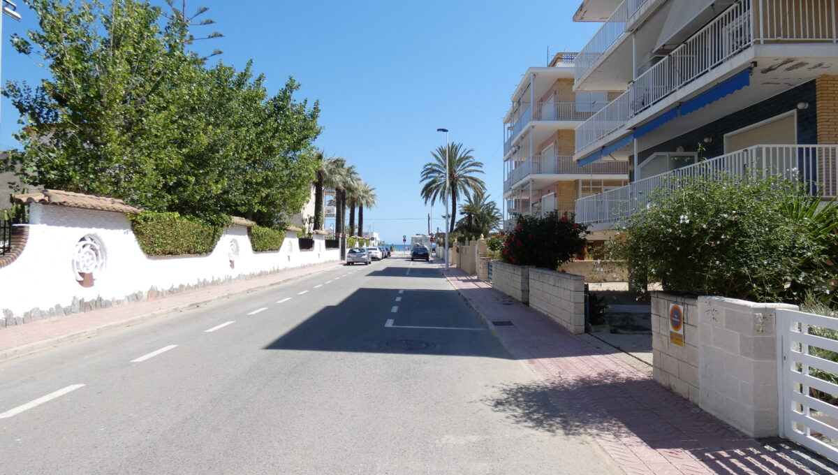 calle exterior 0